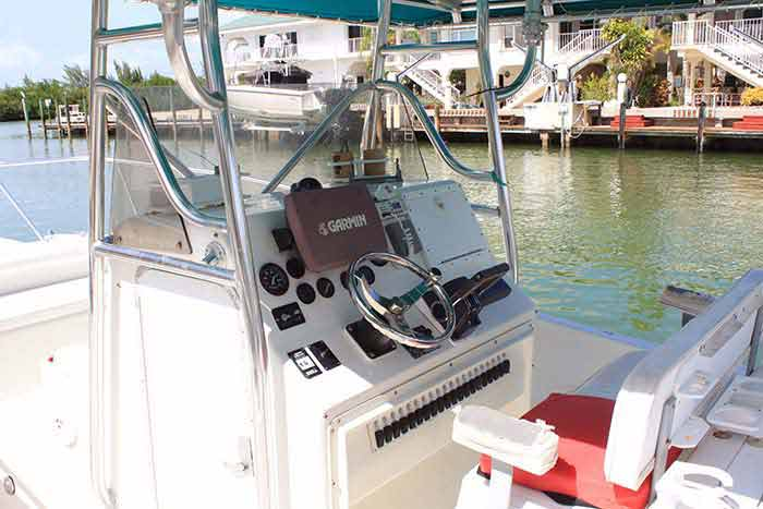 30' HydroCat w/225 Twin Suzuki Four Stroke Engines